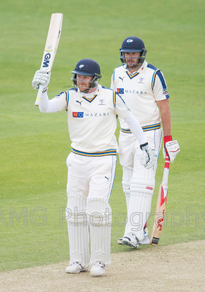 Yorkshire v Warwickshire - 28th April 2015