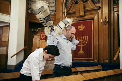 MAX ISRAEL'S ALIYAH
